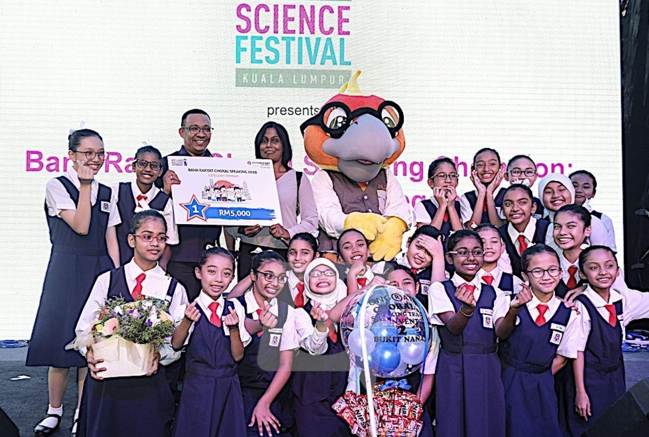 SK Convent (2) Bukit Nanas juara Choral Speaking 2018 Bank Rakyat